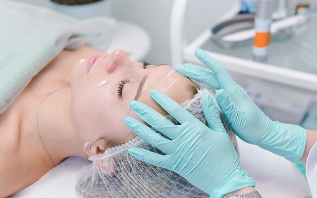 Njega kože kod dermatologa